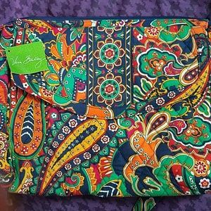 NWT Venetian Paisley Tablet Hipster